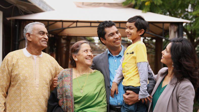 Indian_Family_celebrating